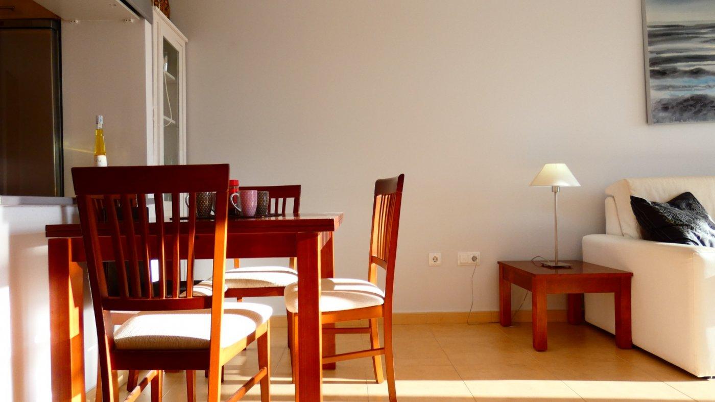 Imagen de la galería 8 of Atico de 2 dormitorios en La Isla del Condado, orientacion sur oeste, para entrar a vivir, en venta