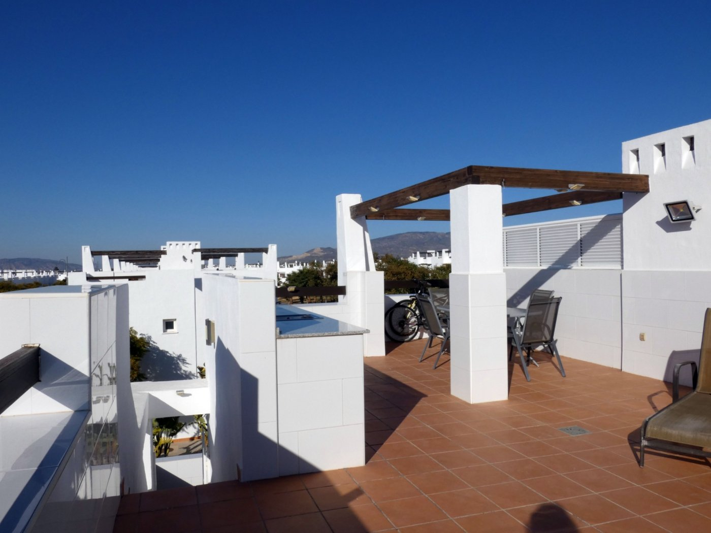 Gallery Image 20 of Sunny 2 Bed Apartment on a Cosy Corner Plot with Stunning Lemon Grove Views and Communal Pool