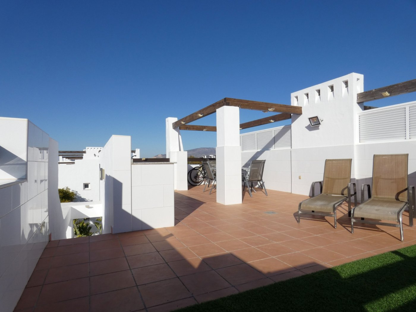 Gallery Image 2 of Sunny 2 Bed Apartment on a Cosy Corner Plot with Stunning Lemon Grove Views and Communal Pool