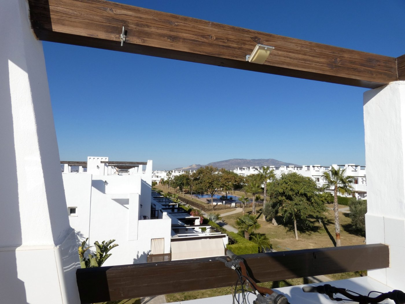Gallery Image 3 of Sunny 2 Bed Apartment on a Cosy Corner Plot with Stunning Lemon Grove Views and Communal Pool