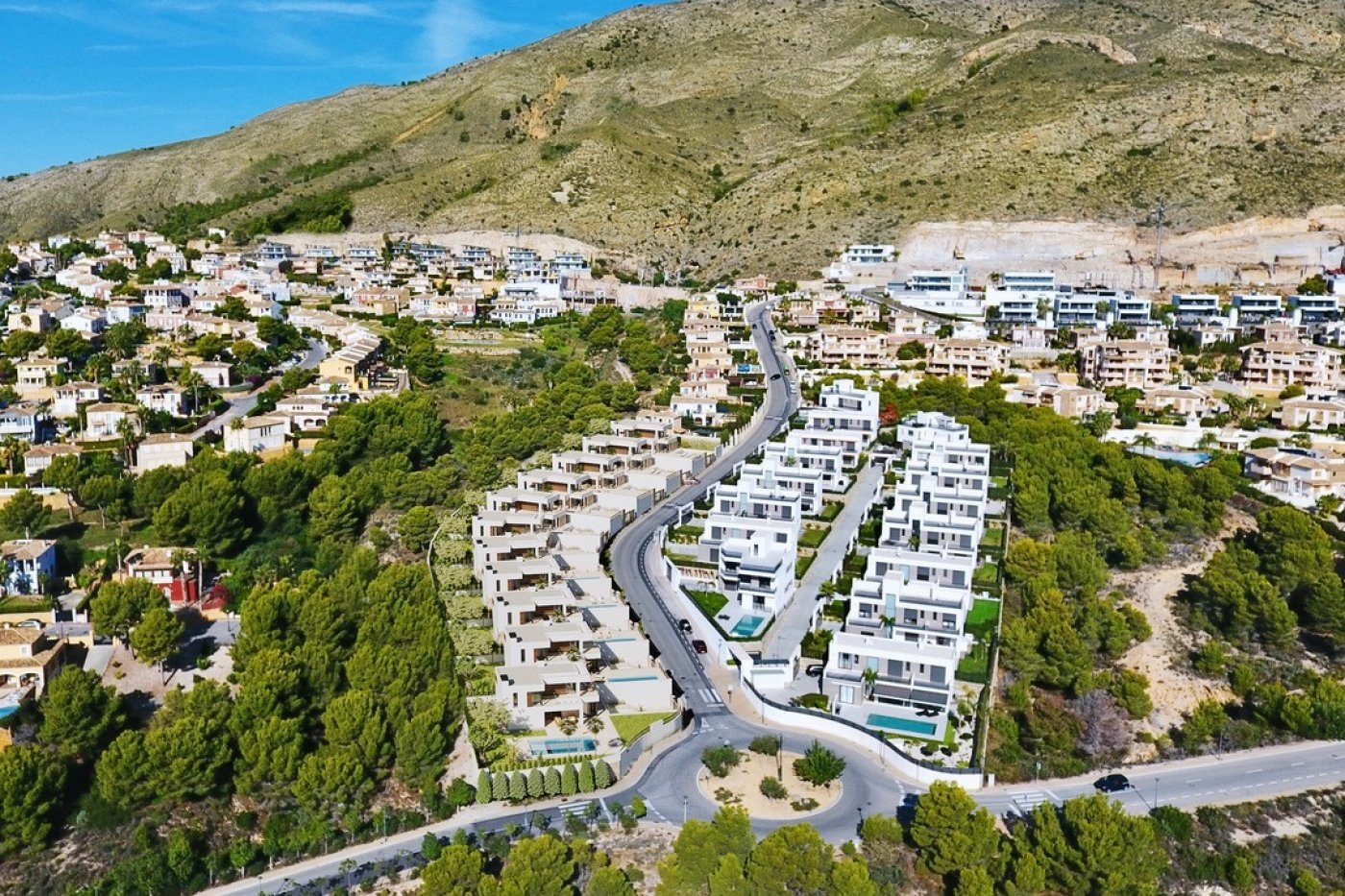 Gallery Image 8 of Luxury villa in Finestrat fantastic views over Benidorm, southwest facing - own pool, large basement