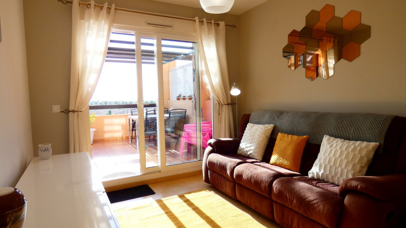Gallery Image 8 of Fabulous South-West Facing 2 Bed Apartment at La Isla, Very Well-Presented and Key-Ready