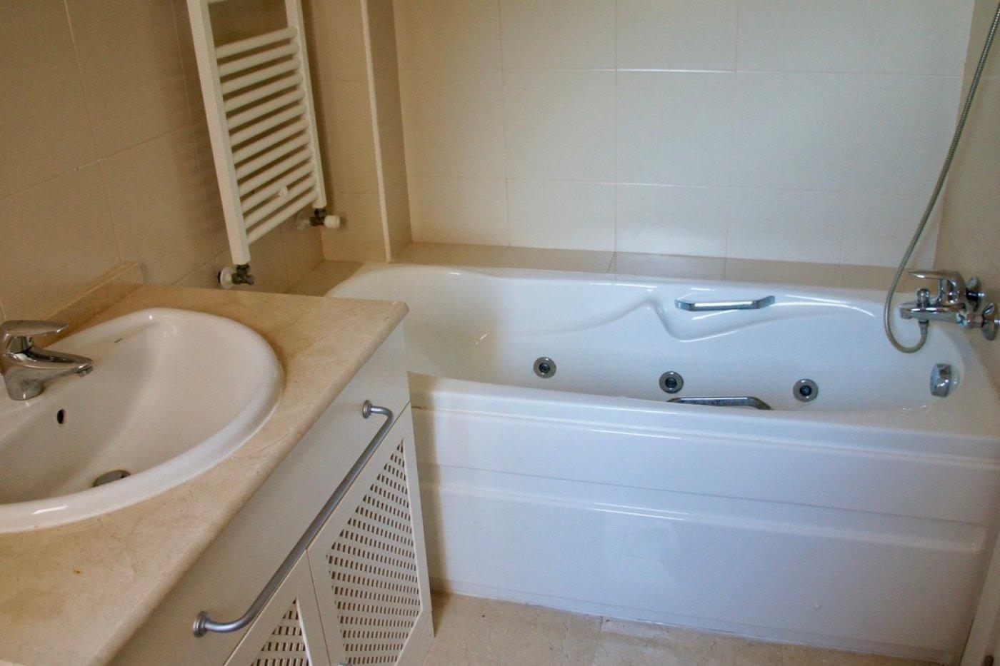 Galleribillede 13 of Fantastisk 3 vær lejlighed med 2 badeværelser med fantastisk udsigt