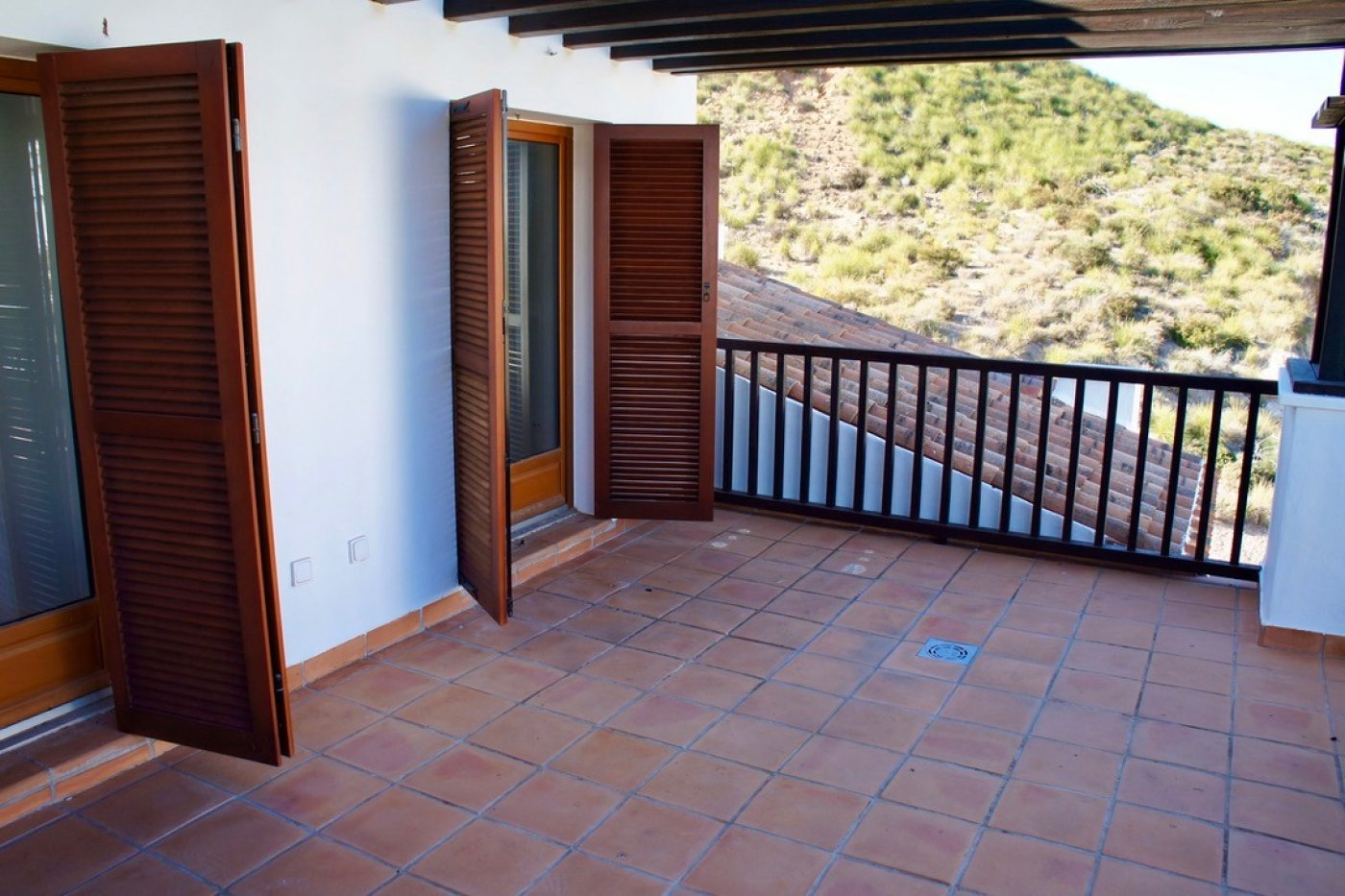 Gallery Image 18 of Nice 2nd  garden flat with views, 2 bed and 2 bath in lovely Golf Resort