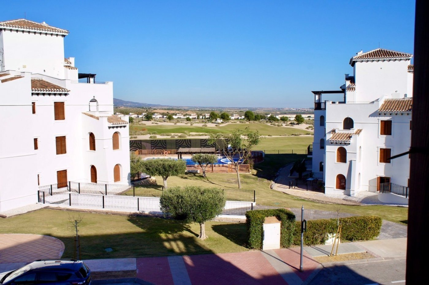 Gallery Image 20 of Nice 2nd  garden flat with views, 2 bed and 2 bath in lovely Golf Resort