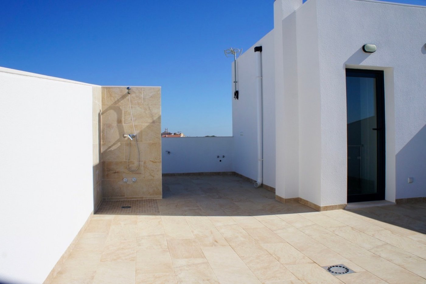 Gallery Image 18 of Key ready detached  3 bed, 3 bath villa with swimming pool at a very competitive price