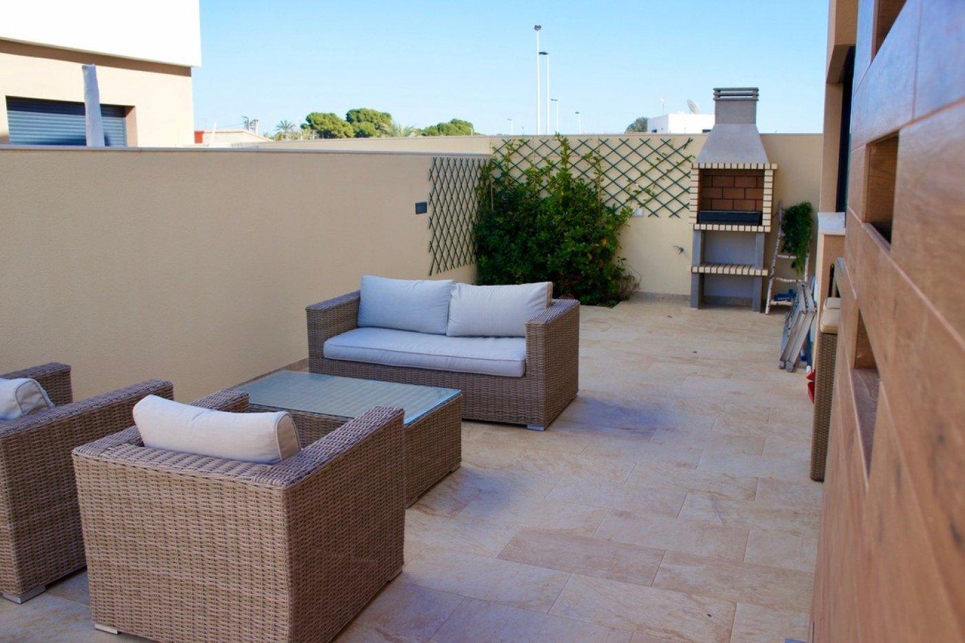 Gallery Image 19 of Key ready detached  3 bed, 3 bath villa with swimming pool at a very competitive price