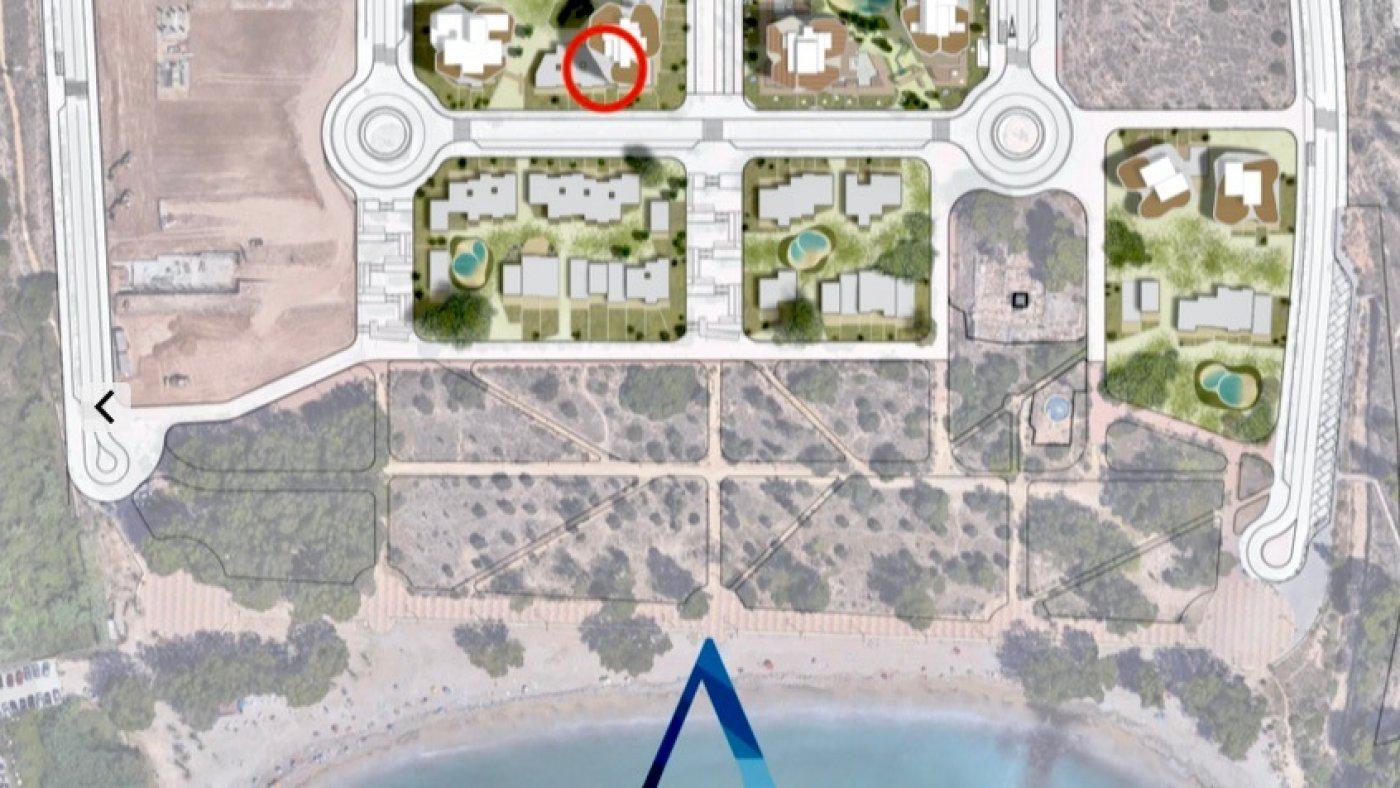 Galleribillede 4 of Kæmpe terrasse, havudsigt, 75 m fra stranden - 4 vær luksus lejlighed
