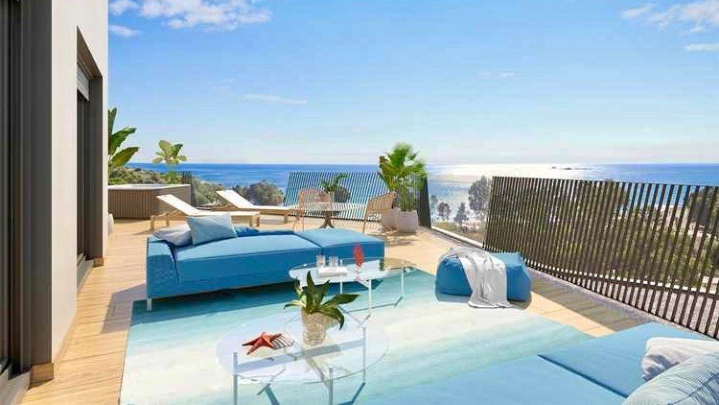 Galleribillede 5 of Kæmpe terrasse, havudsigt, 75 m fra stranden - 4 vær luksus lejlighed