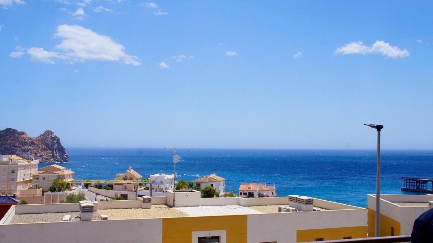 Galleribillede 28 of Kæmpe terrasse, hav udsigt. 4 vær. lejlighed, 2 badevær., kun 5 min gang fra strand