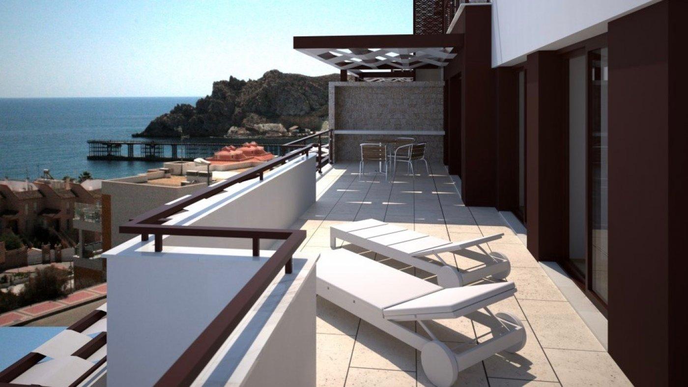 Galleribillede 2 of Kæmpe terrasse, hav udsigt. 4 vær. lejlighed, 2 badevær., kun 5 min gang fra strand