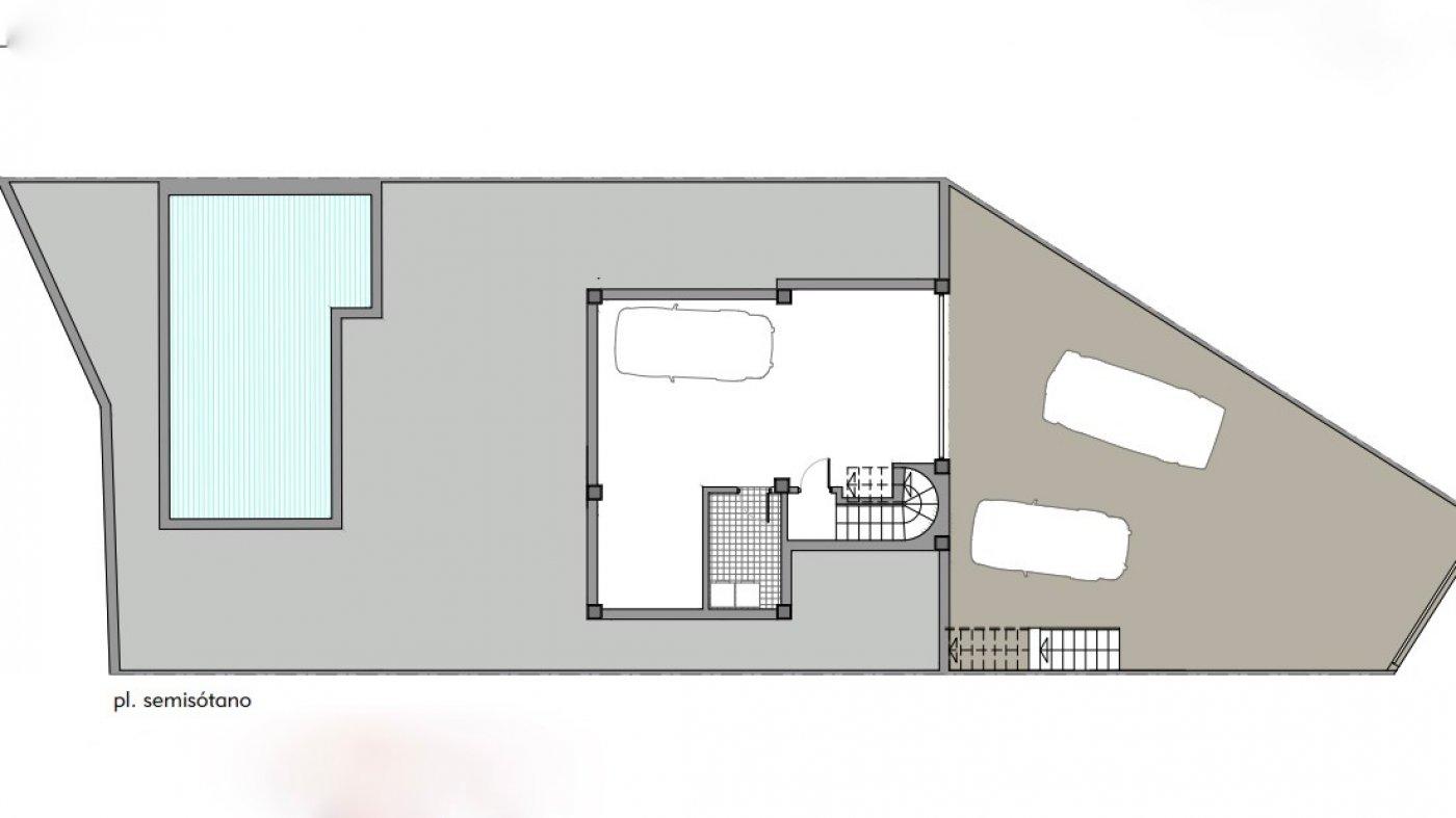 Galleribillede 21 of Luksus villa med egen pool, 3 badevær., kælder med garage og tagterrasse på La Finca Golf Resort
