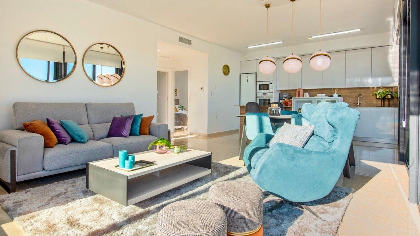 Galleribillede 4 of Luksus villa med egen pool, 3 badevær., kælder med garage og tagterrasse på La Finca Golf Resort