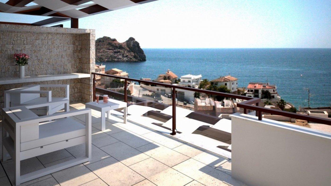 Galleribillede 26 of Fantastisk udsigt fra 36 m2 terrasse. luksus 4 vær. lejlighed, 2 badevær., kun 5 min gang fra strand