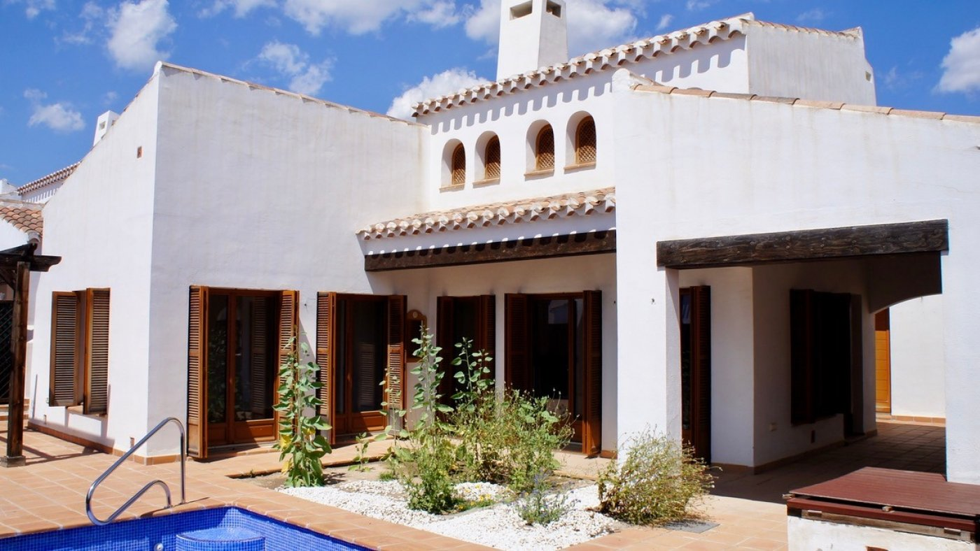 Gallery Image 1 of Bargain , sunny west facing 3 Bed Villa with Private Pool on El Valle Golf Resort