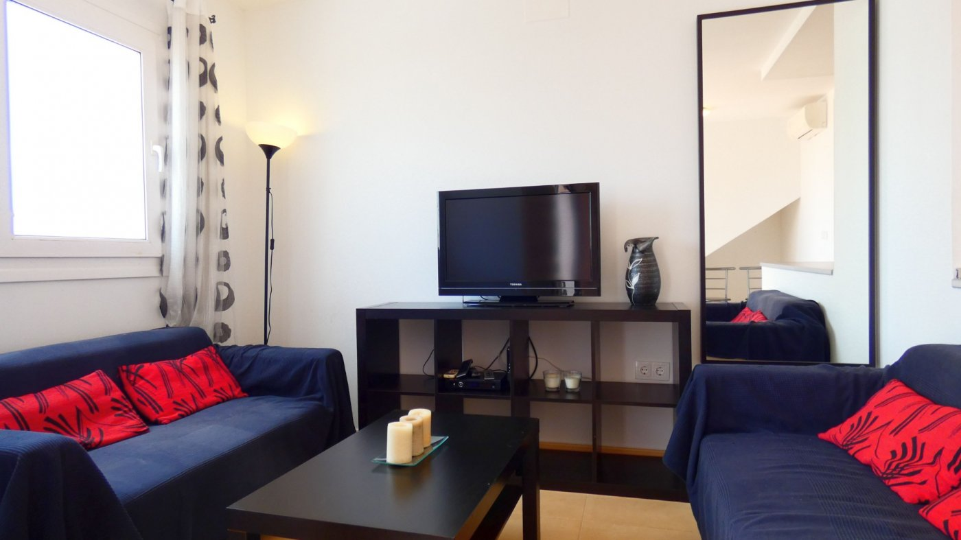 Gallery Image 3 of North Facing 2 Bed Apartment Overlooking the Communal Garden and Pool in Jardin 1, CDA