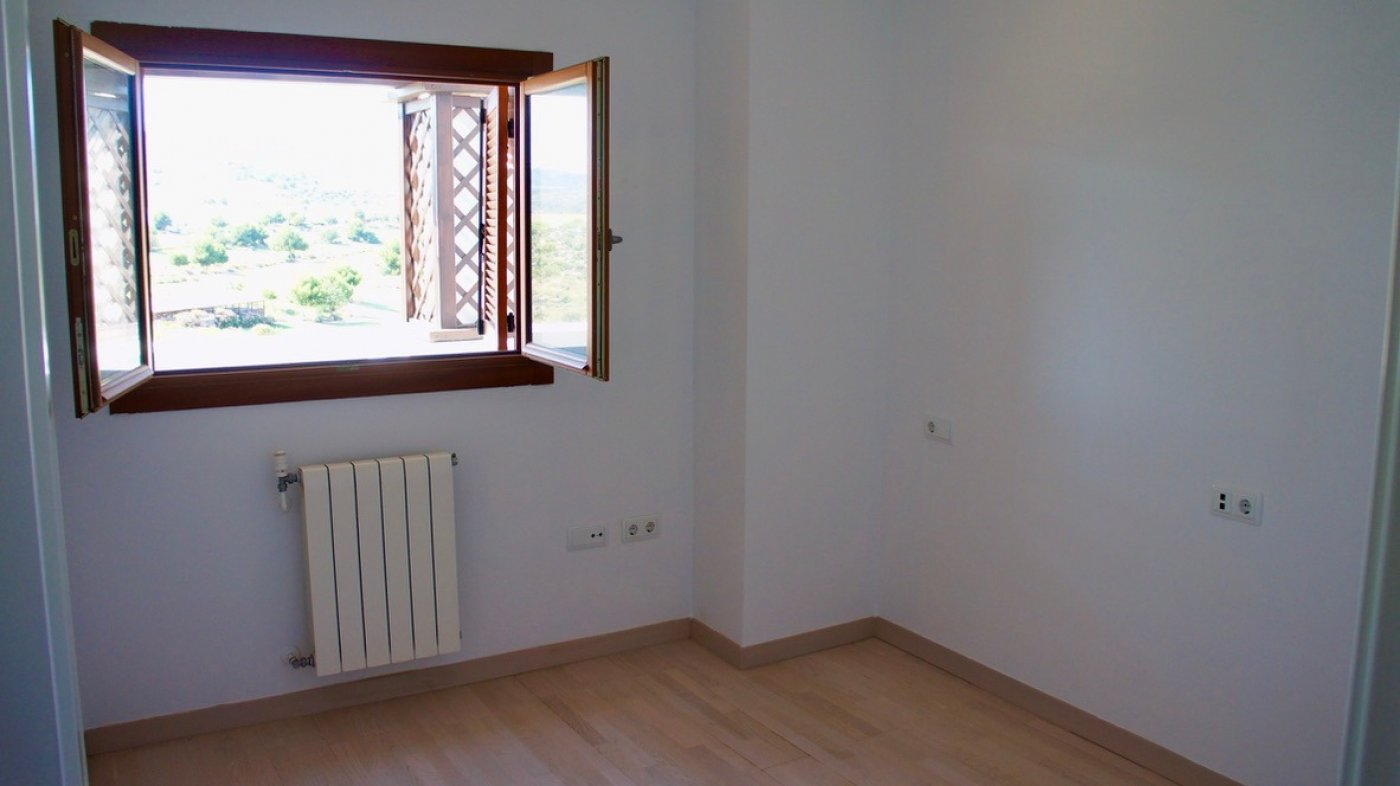Gallery Image 19 of Fantastic views, 3rd floor bargain apartment with 31 m2 terrasse on El Valle Golf