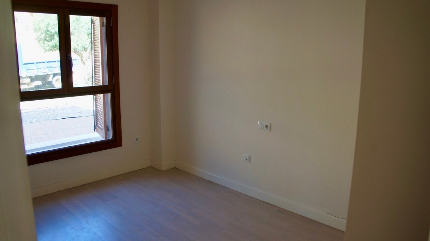 Gallery Image 19 of Large 2 bed, 2 bath ground floor apartment with big terrasse and good size garden.