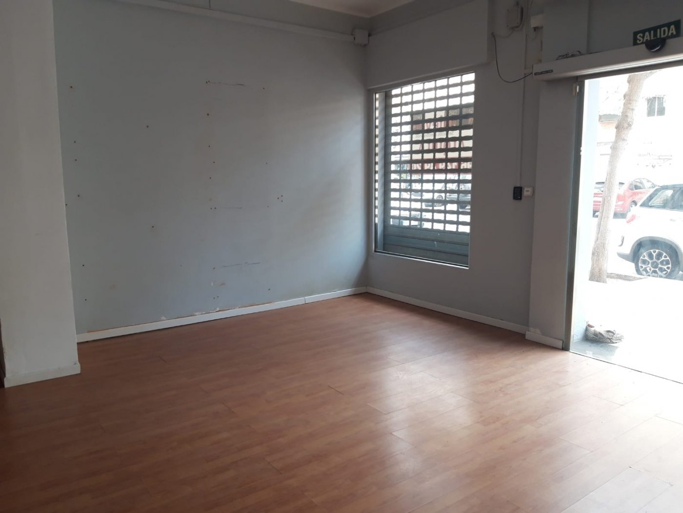 local-comercial en meliana · centrico 350€
