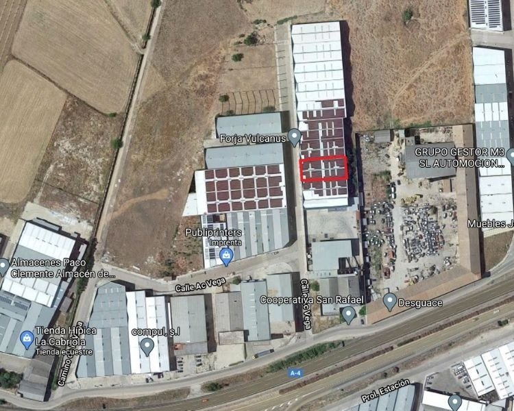 Nave industrial en venta en Andújar