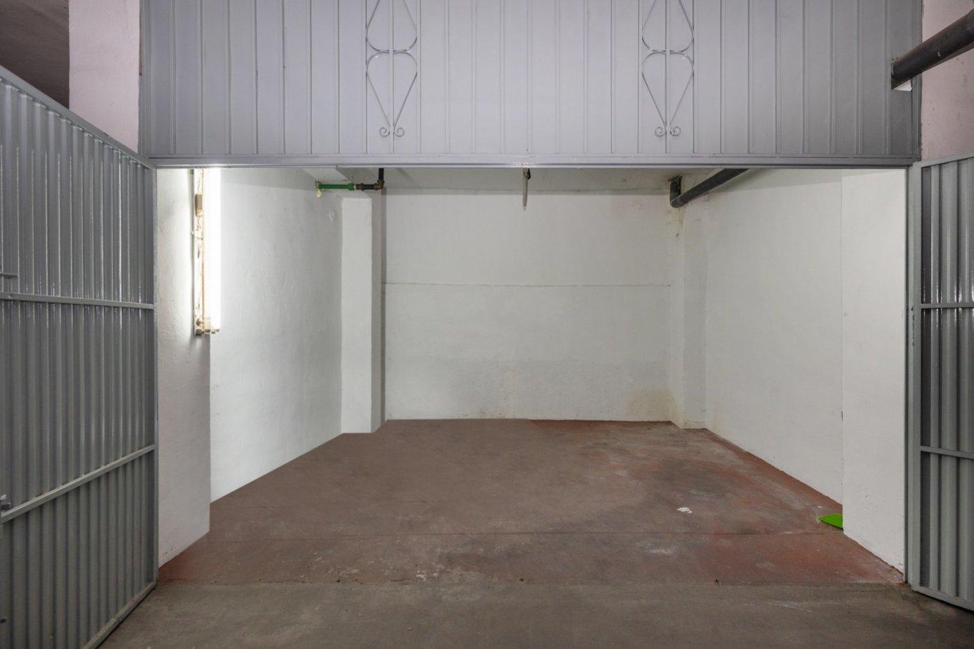 Plaza de garaje cerrado en gonzalo gallas