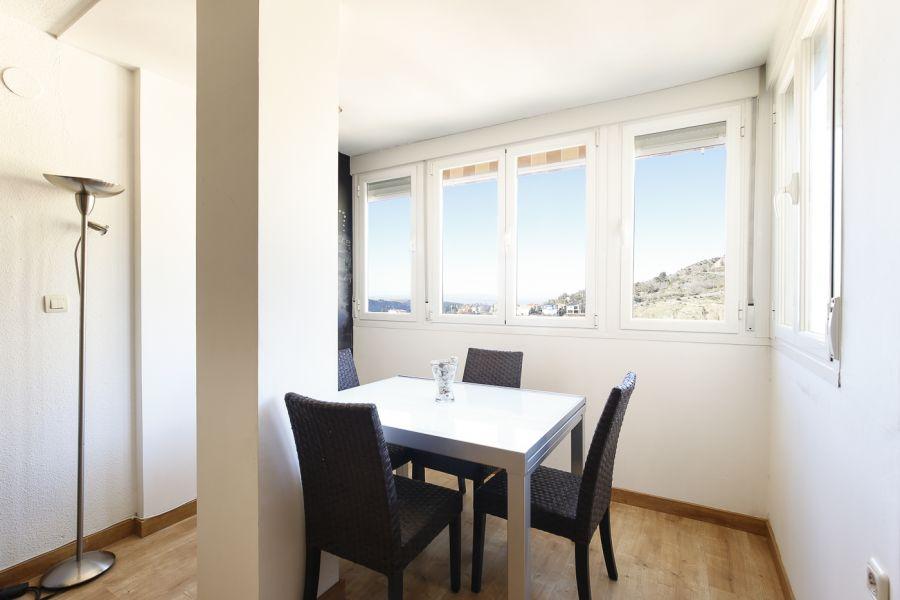 Interesante oportunidad de compra piso de 2 dormitorios con garaje y trastero a un precio increible., Granada