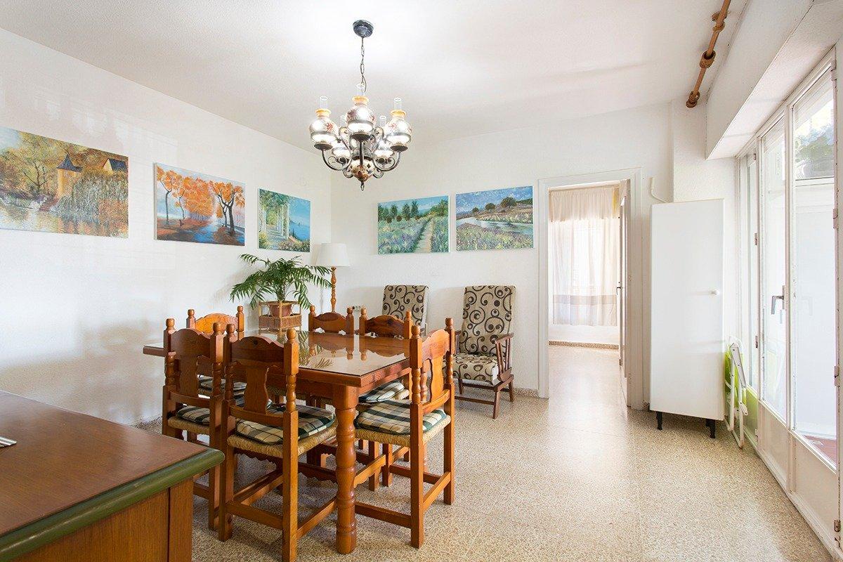 Coqueto apartamento de 2 dormitorios en primera línea de playa en Carchuna, Granada