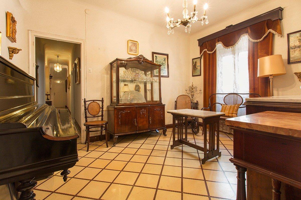 Piso de tres dormitorios en Pedro Antonio de Alarcón., Granada