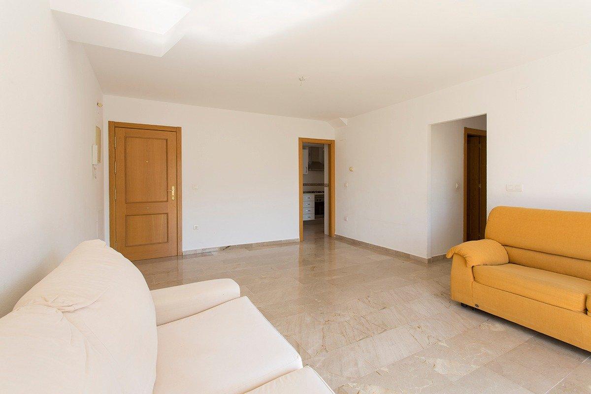 Estupendo piso de 3 dormitorios en Cenes de la Vega, Granada