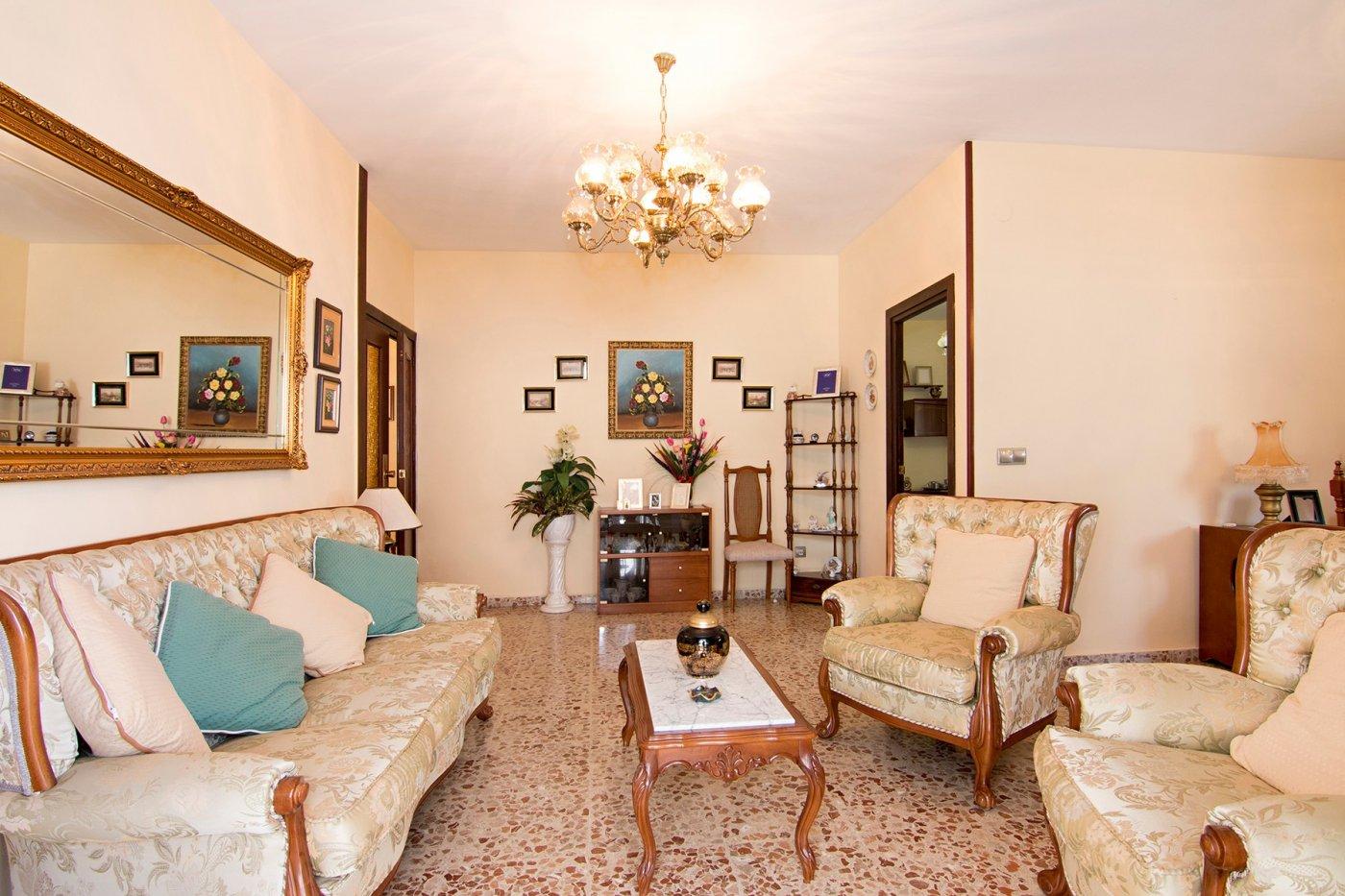 Gran piso con cochera en el centro de Motril, Granada