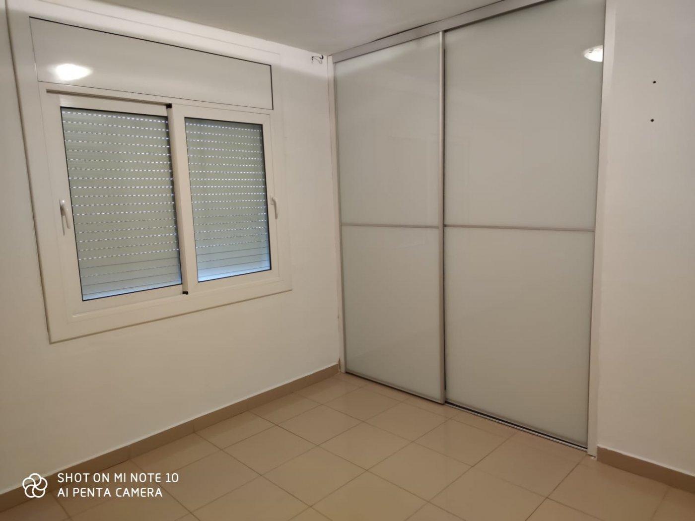 Piso · Hospitalet De Llobregat · Sant Josep 750€ MES€