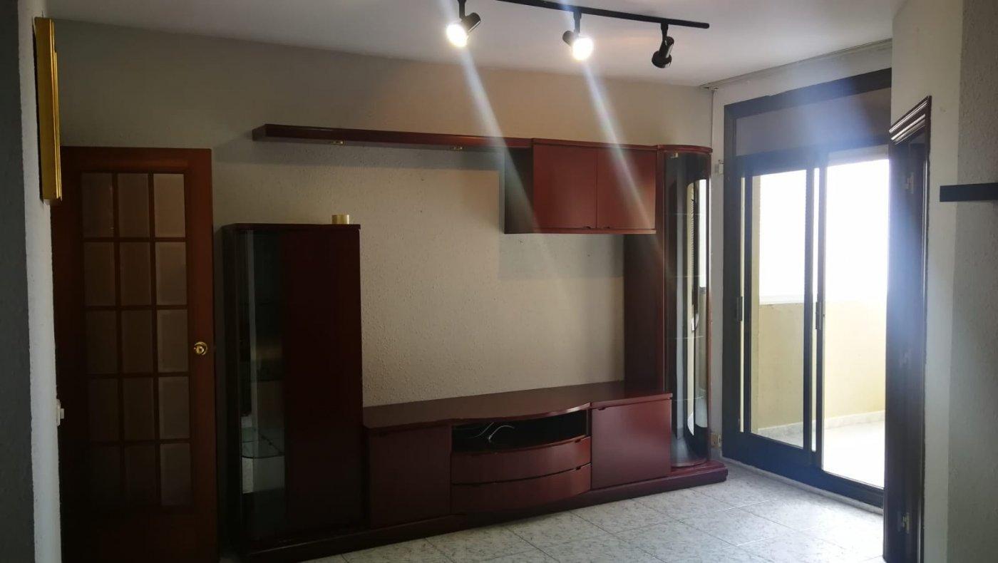 piso en hospitalet-de-llobregat · sanfeliu 600€