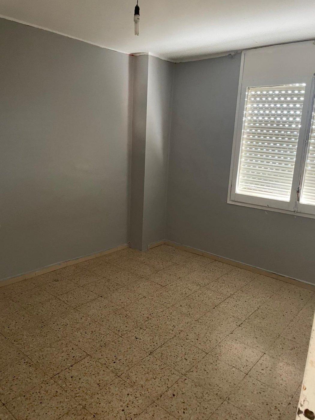 Piso · Cornella De Llobregat · Gavarra 156.000€€