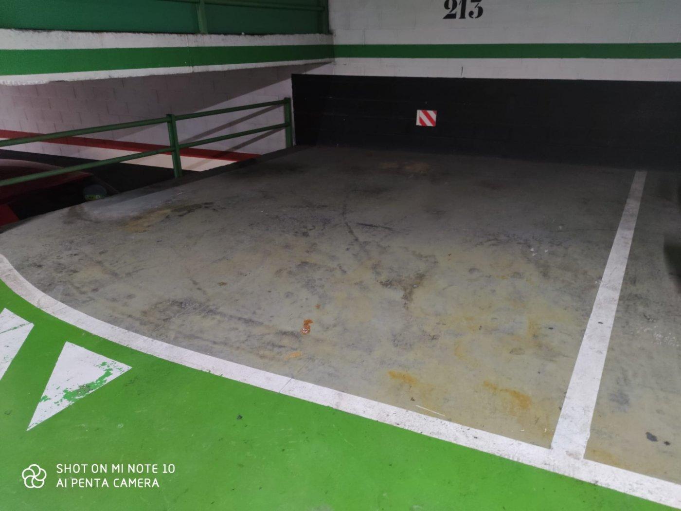 Parking · Cornella De Llobregat · Gavarra 80€ MES€