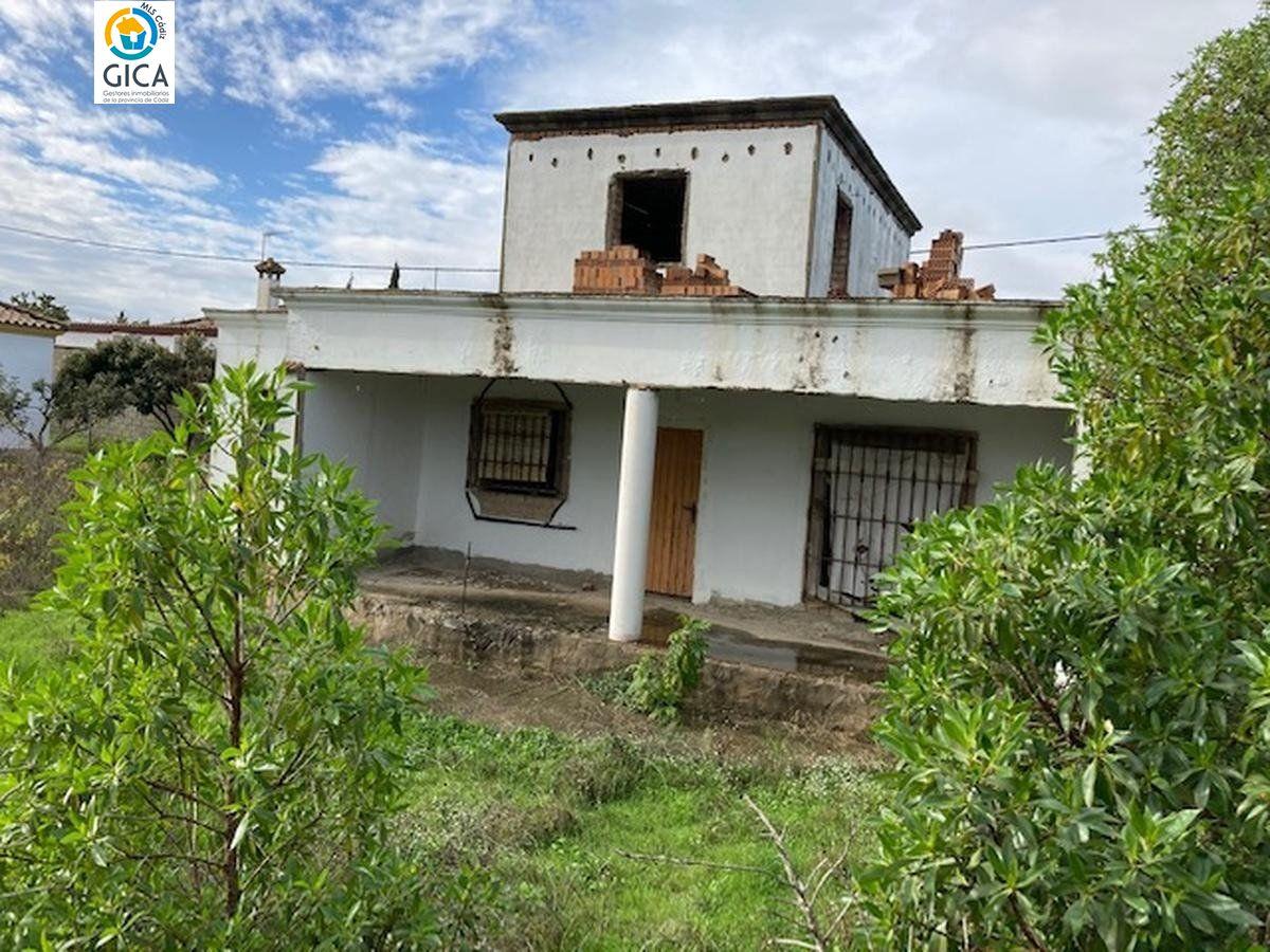 chalet en chiclana-de-la-frontera · pinar-de-los-franceses 58700€