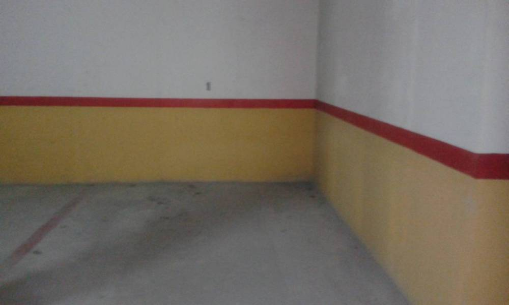Parking for rent in Pliego, Pliego
