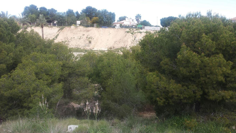 parcela en las-torres-de-cotillas · urbanizacion-el-coto 65000€