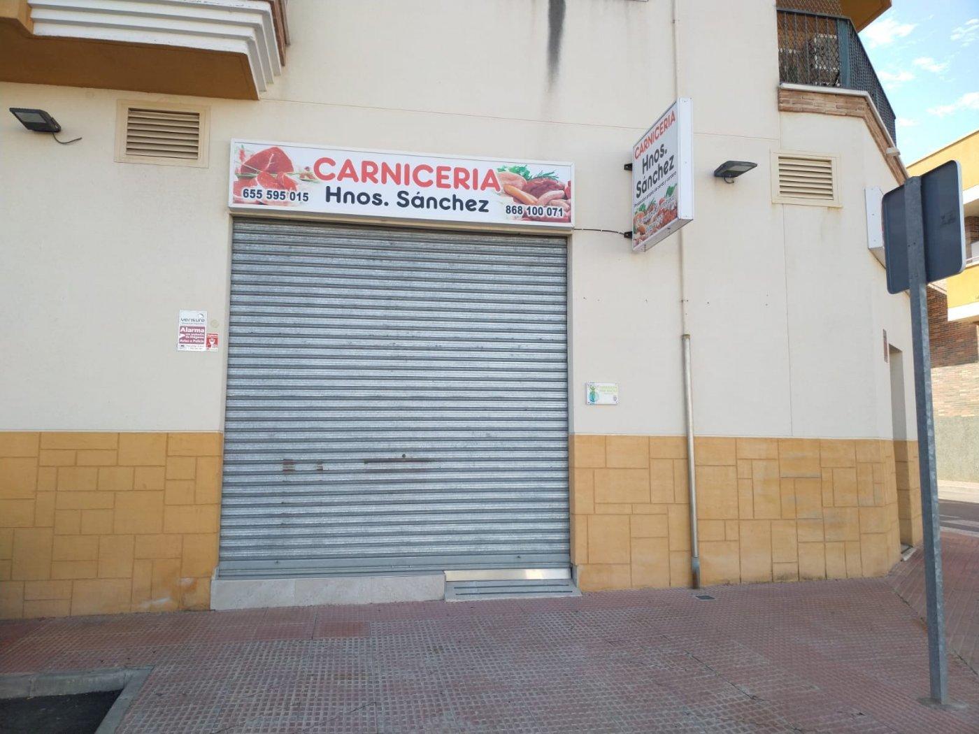 local-comercial en las-torres-de-cotillas · juan-carlos-i 900€