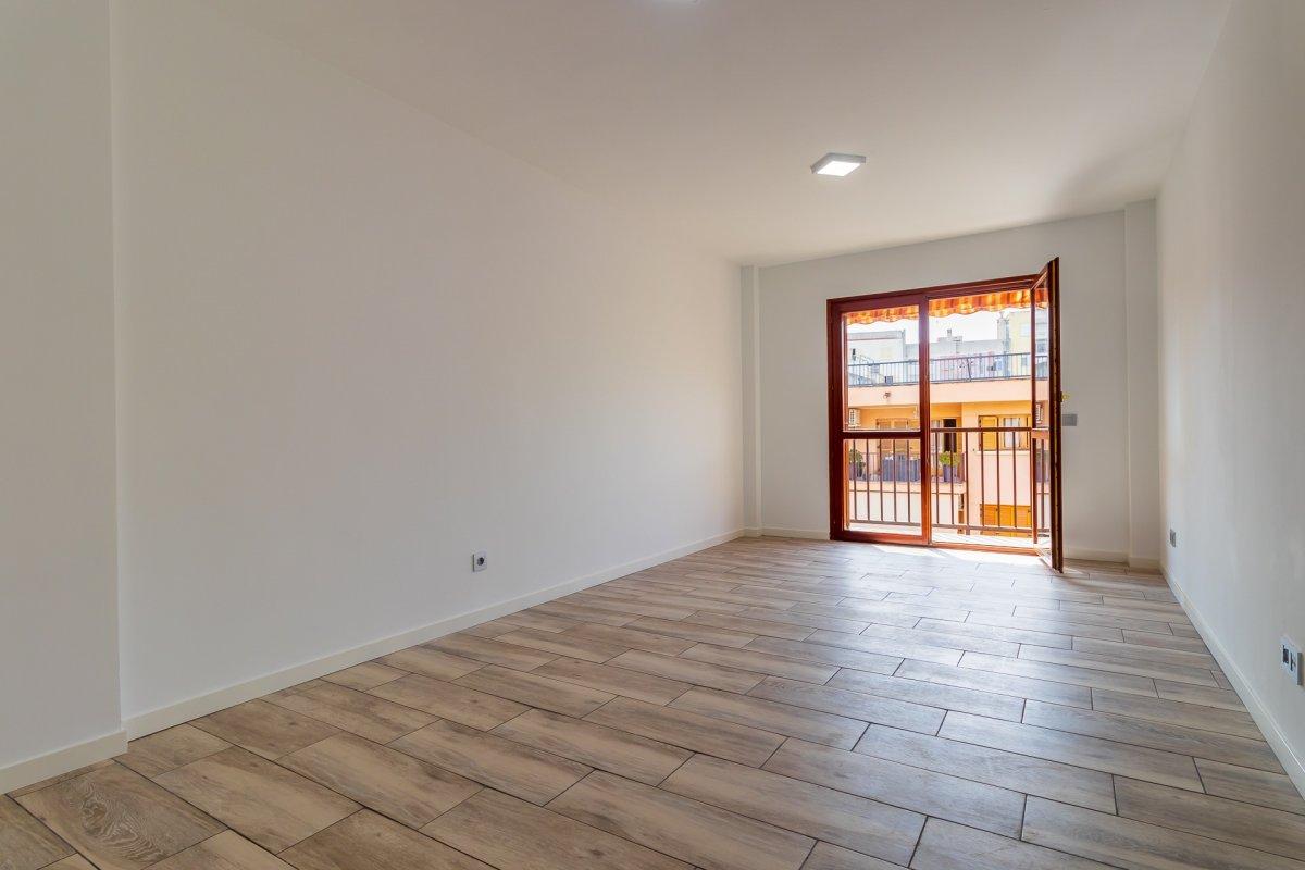 Excelente vivienda perfectamente reformada y con garaje en son dameto. - imagenInmueble12
