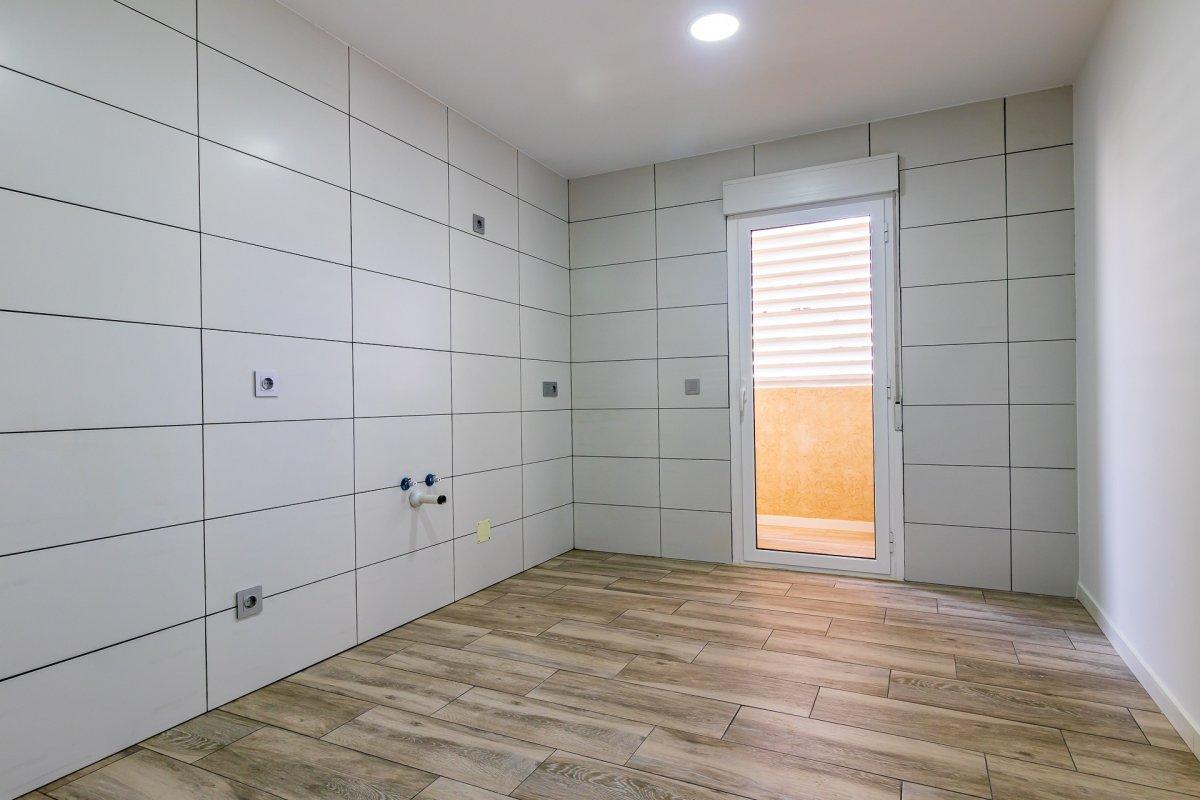 Excelente vivienda perfectamente reformada y con garaje en son dameto. - imagenInmueble4