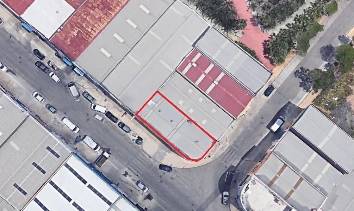 nave-industrial en torremolinos · el-pinillo---recinto-ferial 355000€