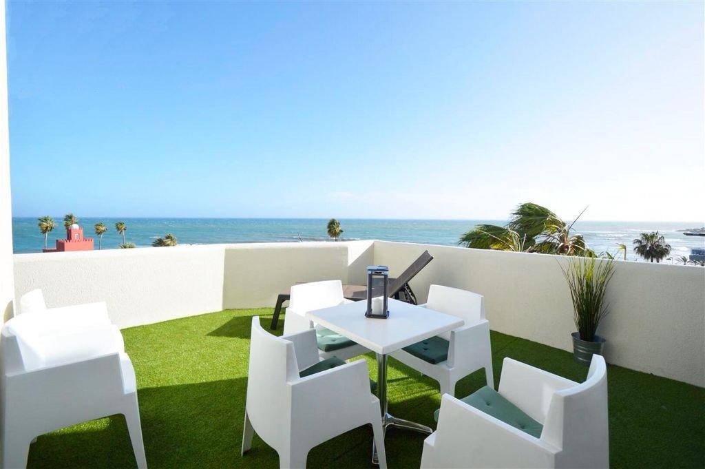 apartamento en benalmadena · 1ª-linea-de-playa 230000€