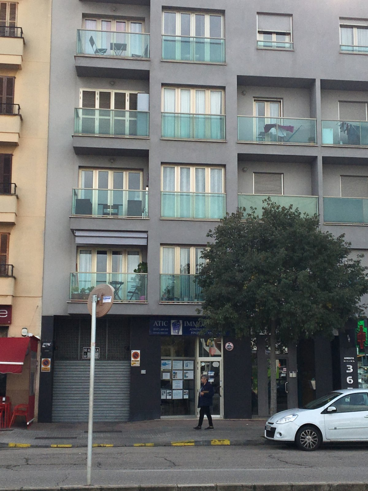 Parking y trastero en calle Aragón