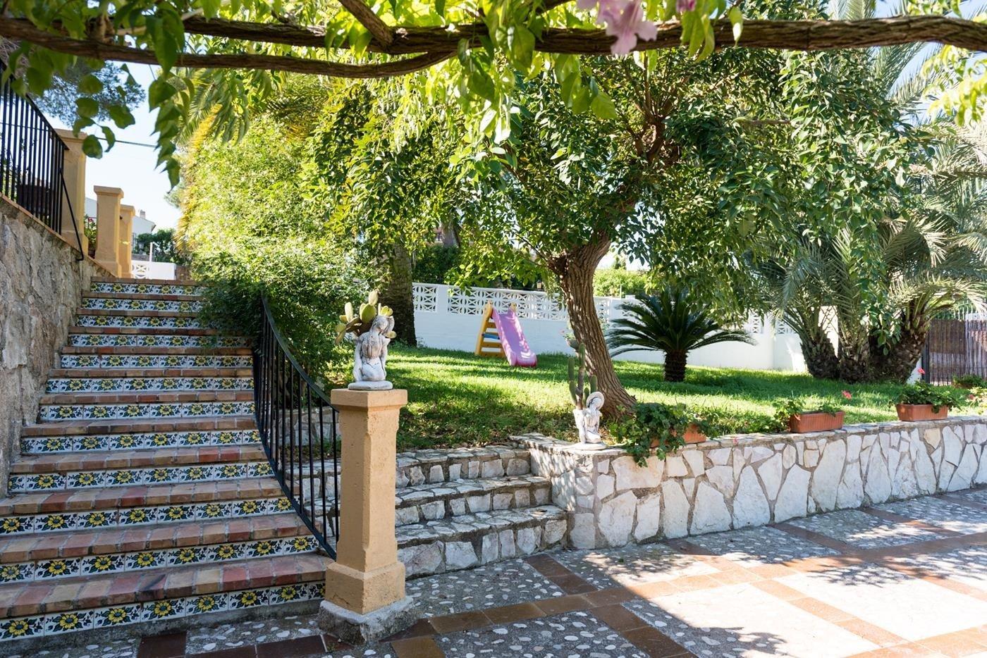 Venta. Villa en Javea