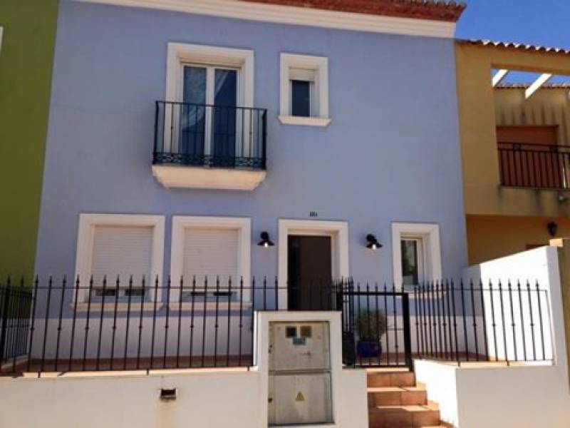 Town house in Alcalali Centro