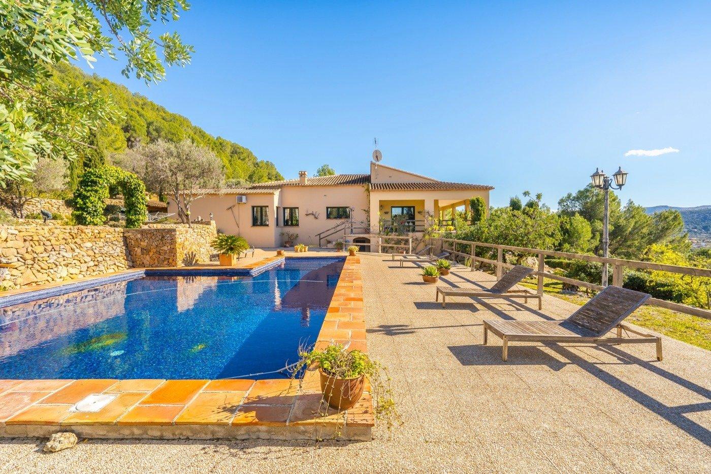 Villa in Pedreguer CAMPO