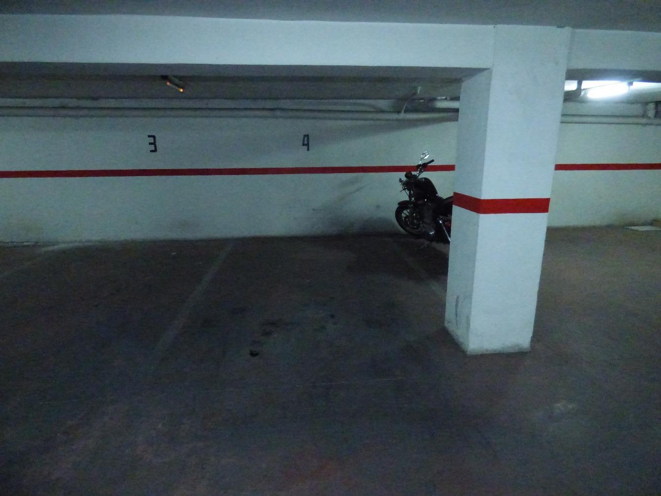 Garaje en Elda Mercado central