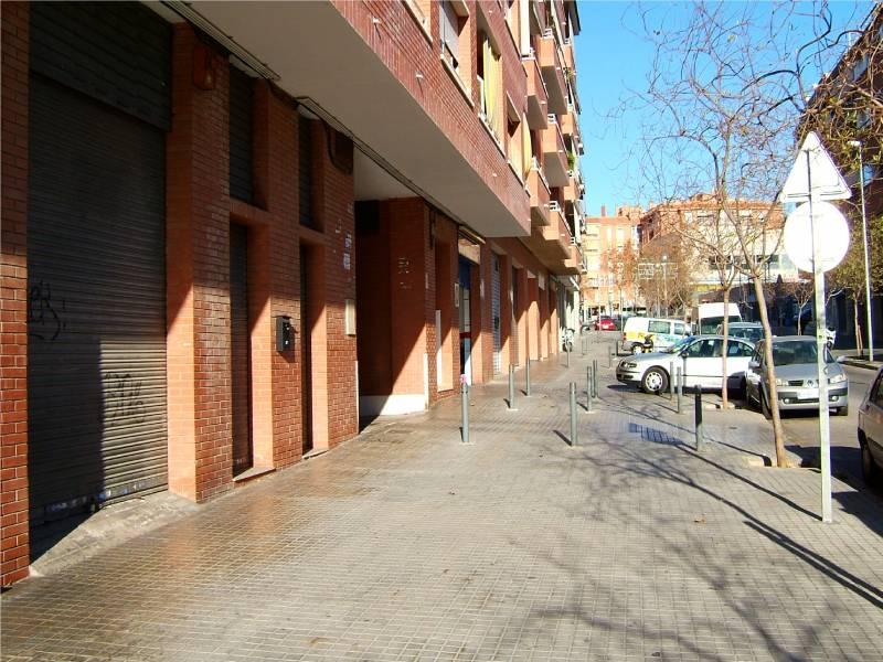 local-comercial en viladecans · torrente-ballester 120000€