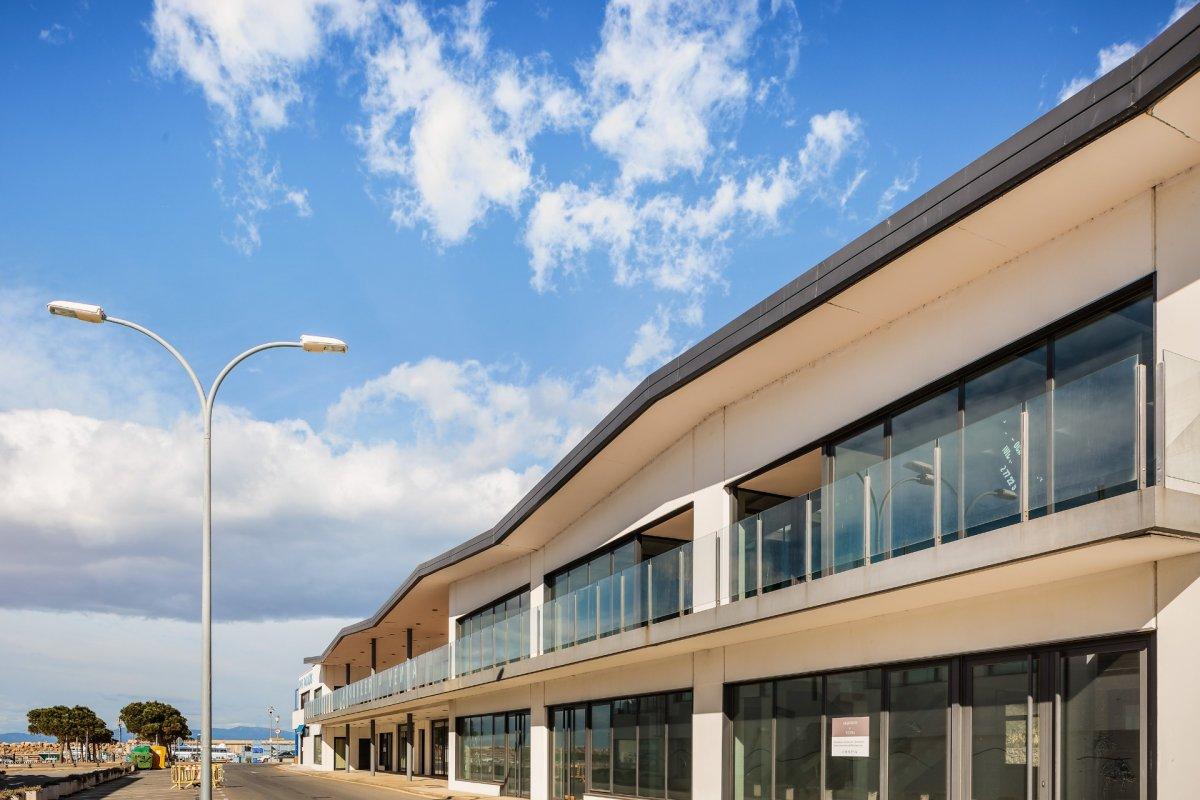 barraca industrial venta girona de metros cuadrados 2320 en la zona de l escala ref 3434 01174