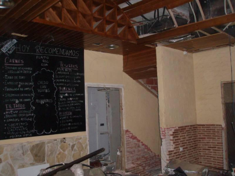 ALQUILER  LOCAL COMERCIAL MUY CENTRIOCO 80M2. + SOTANO, SALIDA DE HUMOS, JUNTO PLAZA DE LA FLORES